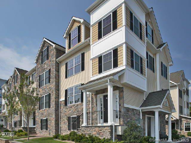 1707 Summer Street #6, Stamford, CT 06905 (MLS #170366685) :: Galatas Real Estate Group