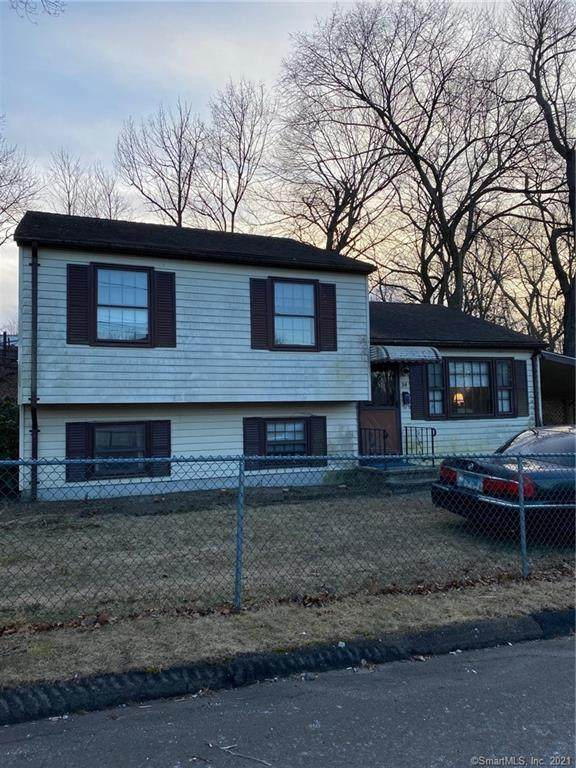 24 Oak Street, Wallingford, CT 06492 (MLS #170368369) :: Around Town Real Estate Team