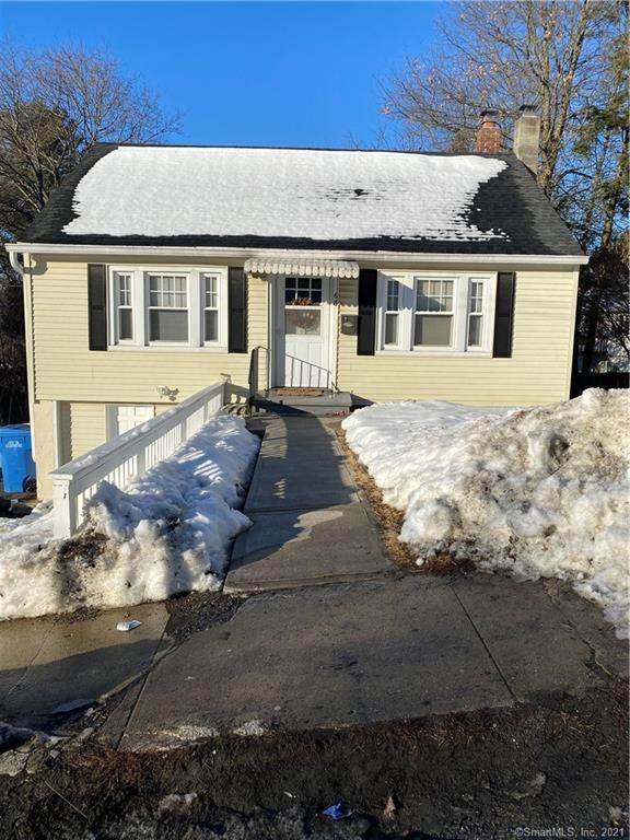 68 Lone Oak Avenue, Waterbury, CT 06704 (MLS #170371112) :: Forever Homes Real Estate, LLC