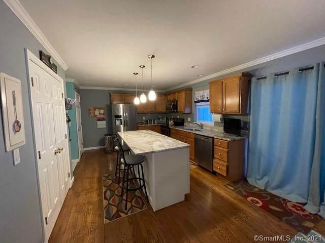 61 Cross Street, Danbury, CT 06810 (MLS #170371169) :: Tim Dent Real Estate Group