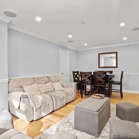 232 Seaton Road #2, Stamford, CT 06902 (MLS #170373541) :: Spectrum Real Estate Consultants