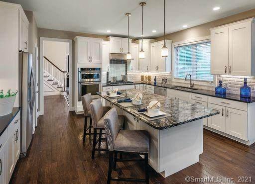 81 Great Hill Drive #172, Bethel, CT 06801 (MLS #170374187) :: Kendall Group Real Estate | Keller Williams