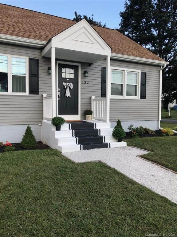 132 Toas Street, Shelton, CT 06484 (MLS #170374217) :: Tim Dent Real Estate Group