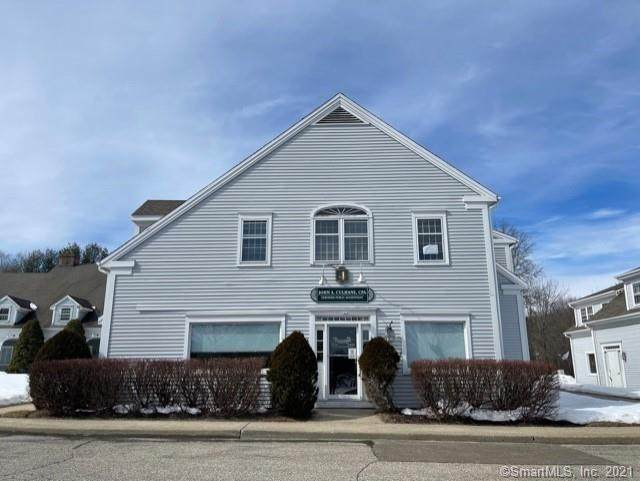 755 Main Street #4, Monroe, CT 06468 (MLS #170375478) :: Carbutti & Co Realtors