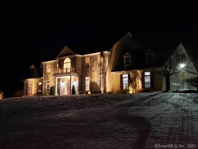 28 Pearmain Road, Shelton, CT 06484 (MLS #170375765) :: Kendall Group Real Estate | Keller Williams
