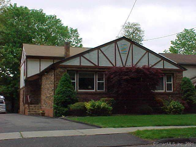 124 Hubbard Road, Hartford, CT 06114 (MLS #170375935) :: Carbutti & Co Realtors