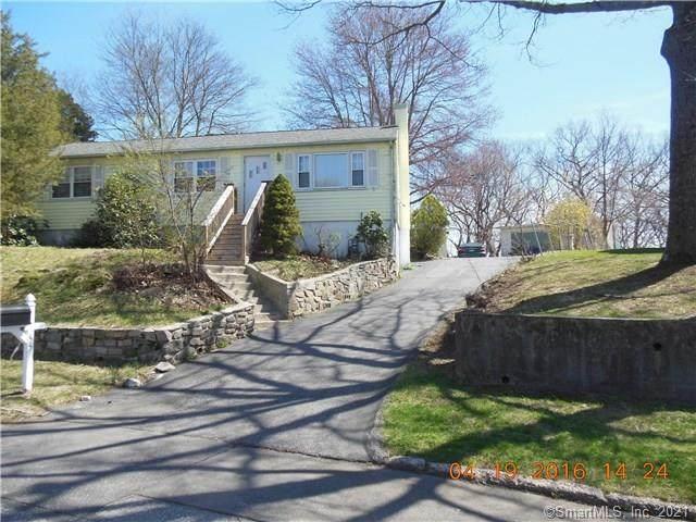 55 Red Oak Road, Bridgeport, CT 06606 (MLS #170375985) :: The Higgins Group - The CT Home Finder