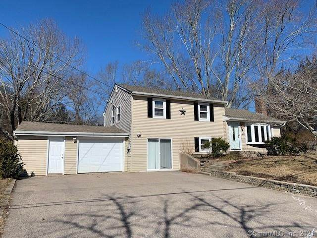 5 Kingswood Drive, North Stonington, CT 06359 (MLS #170377292) :: Next Level Group