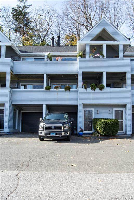 1 Beaver Brook Road #17, Danbury, CT 06810 (MLS #170378930) :: Spectrum Real Estate Consultants
