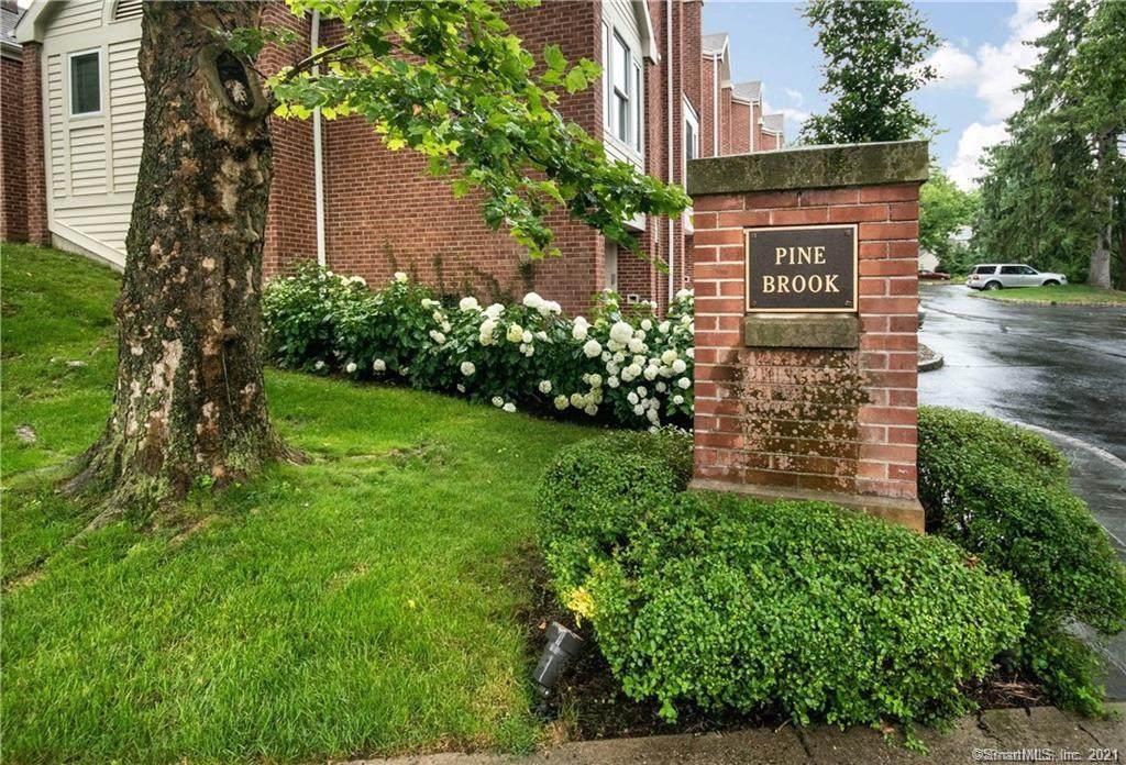 19 Pine Brook Lane - Photo 1