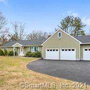 45 Westwood Drive, Easton, CT 06612 (MLS #170382165) :: Spectrum Real Estate Consultants
