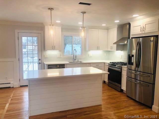 342 Warde Terrace, Fairfield, CT 06825 (MLS #170382573) :: Spectrum Real Estate Consultants