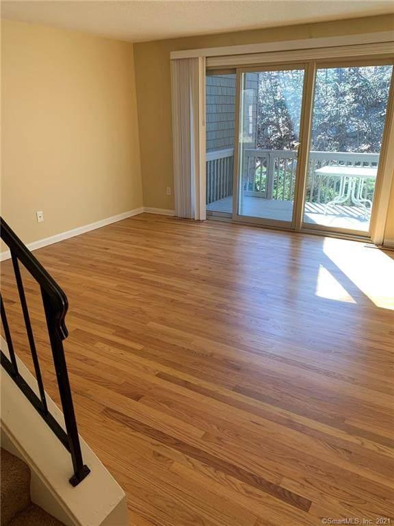 44 Powder Mill Road B, Stratford, CT 06614 (MLS #170383112) :: Spectrum Real Estate Consultants