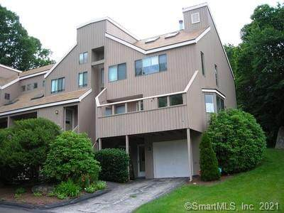 271 Sunwood Drive #271, Shelton, CT 06484 (MLS #170384695) :: Spectrum Real Estate Consultants
