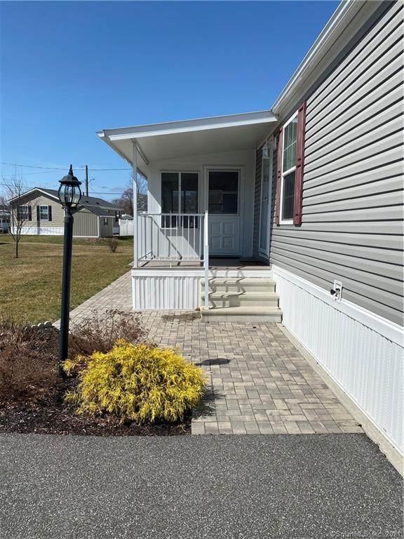 20 W Kenosia Avenue #20, Danbury, CT 06810 (MLS #170385291) :: Spectrum Real Estate Consultants