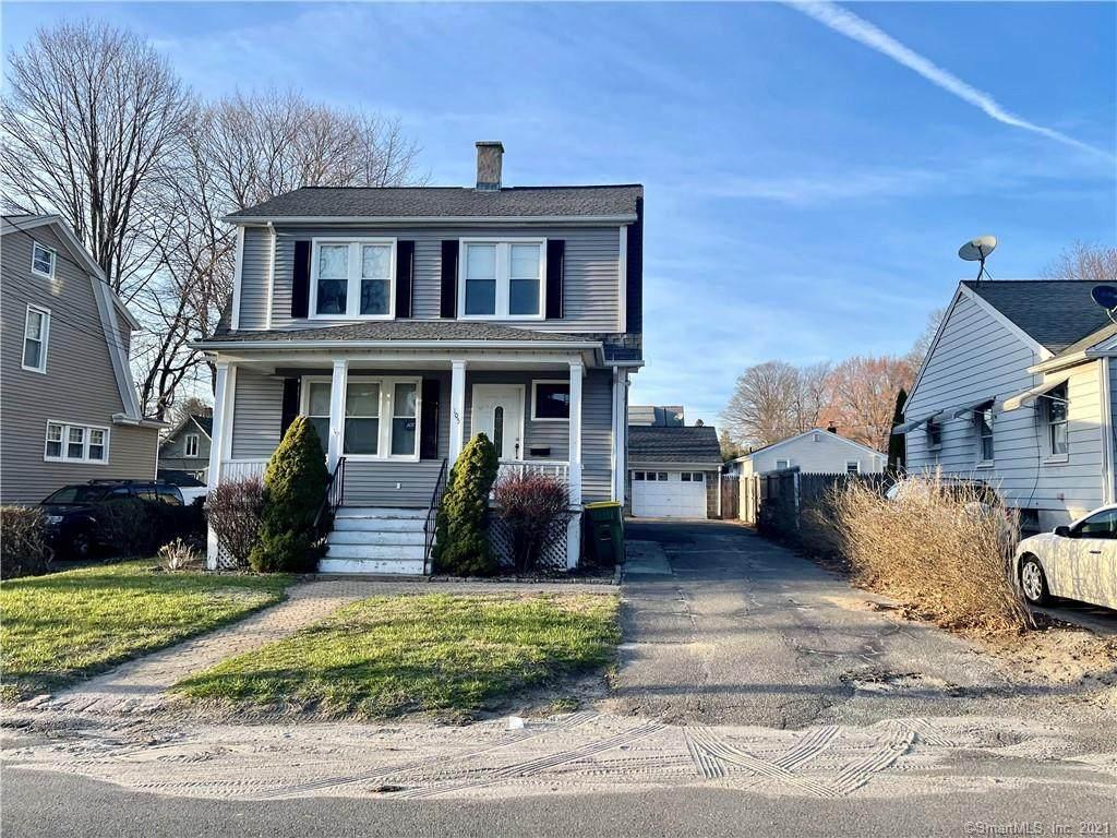 105 Ridgefield Avenue - Photo 1