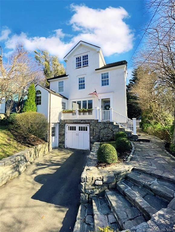 24 Ocean Drive W, Stamford, CT 06902 (MLS #170385686) :: Forever Homes Real Estate, LLC
