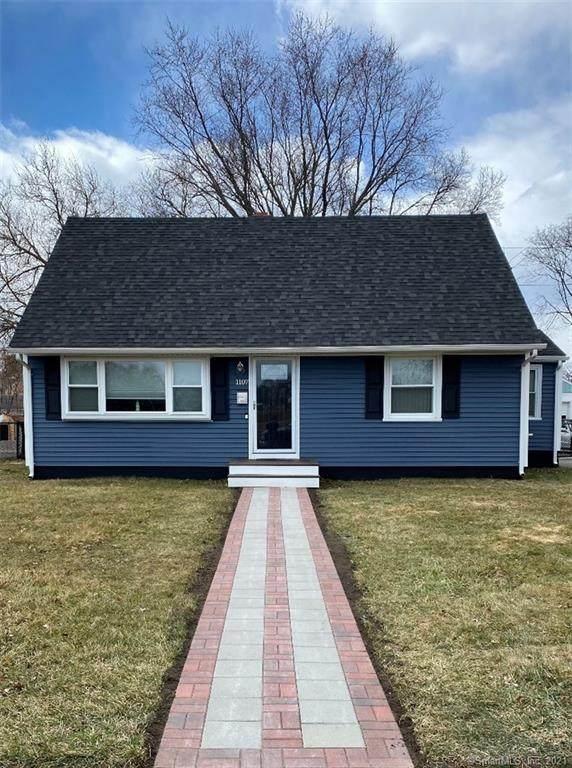 1107 Nichols Avenue, Stratford, CT 06614 (MLS #170388216) :: The Higgins Group - The CT Home Finder