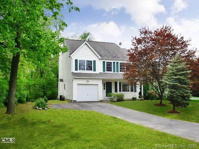 69 Howard Avenue, Norwalk, CT 06855 (MLS #170389308) :: The Higgins Group - The CT Home Finder