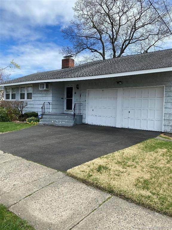5 Pierce Avenue, Bridgeport, CT 06604 (MLS #170389578) :: The Higgins Group - The CT Home Finder