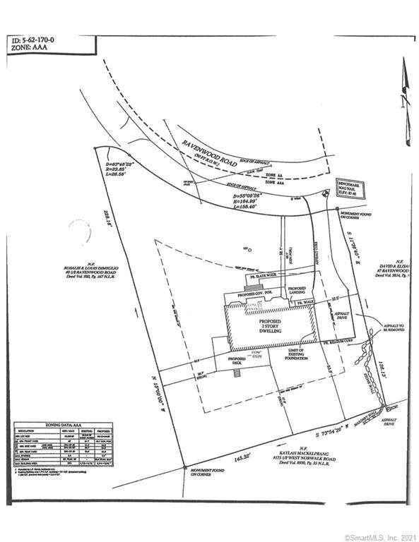 9 Ravenwood Road, Norwalk, CT 06850 (MLS #170389766) :: Frank Schiavone with William Raveis Real Estate