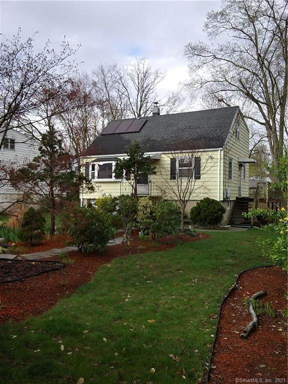 11 Lufberry Avenue, Norwalk, CT 06851 (MLS #170390675) :: Forever Homes Real Estate, LLC