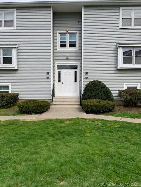 28 Carriage Drive #28, Milford, CT 06460 (MLS #170391397) :: Next Level Group
