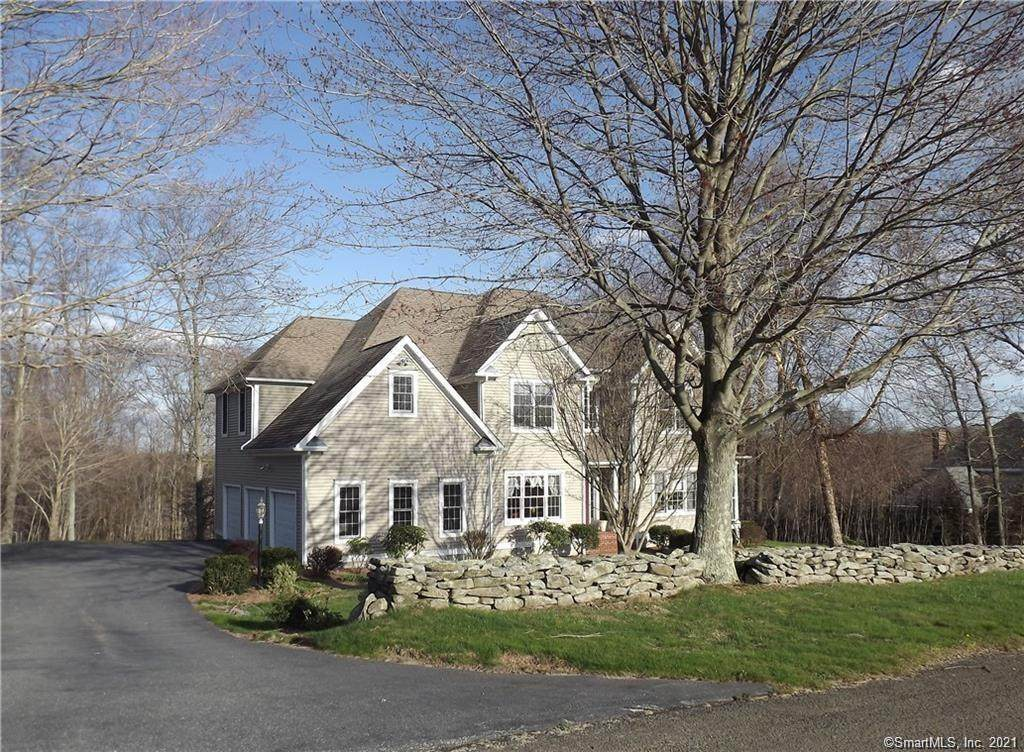 26 Overlook Farms Road - Photo 1