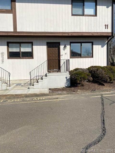 27 Crows Nest Lane 11Q, Danbury, CT 06810 (MLS #170394994) :: Next Level Group