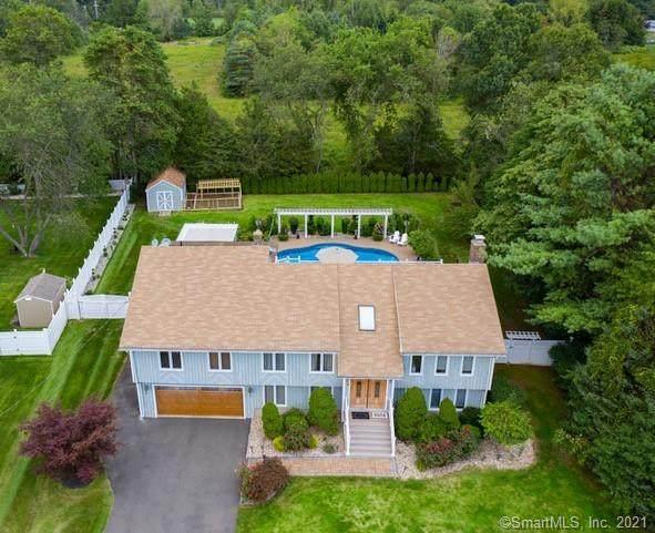 6 Meadows Edge Drive, Wallingford, CT 06492 (MLS #170395072) :: Carbutti & Co Realtors