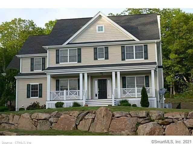 7 Hickory Court, East Lyme, CT 06333 (MLS #170396554) :: Cameron Prestige