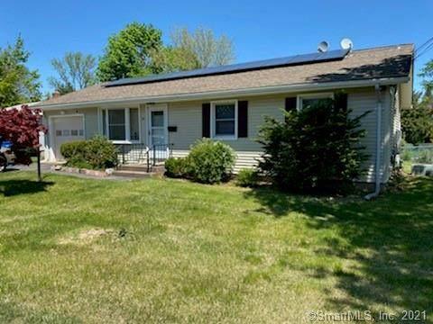 99 Village Circle, Hamden, CT 06514 (MLS #170397045) :: Carbutti & Co Realtors