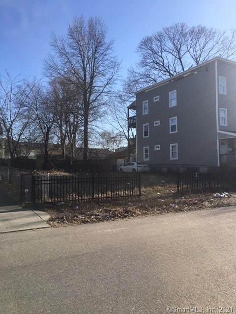 583-585 Gregory Street, Bridgeport, CT 06604 (MLS #170397425) :: Mark Boyland Real Estate Team