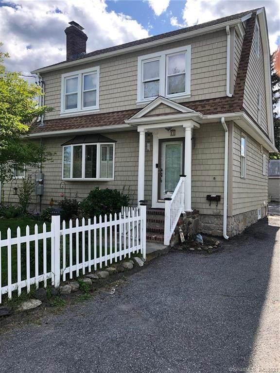 11 Willowbrook Avenue, Stamford, CT 06902 (MLS #170398951) :: Spectrum Real Estate Consultants