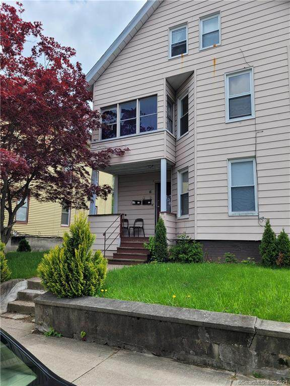 54 North Street, Meriden, CT 06451 (MLS #170399010) :: Tim Dent Real Estate Group