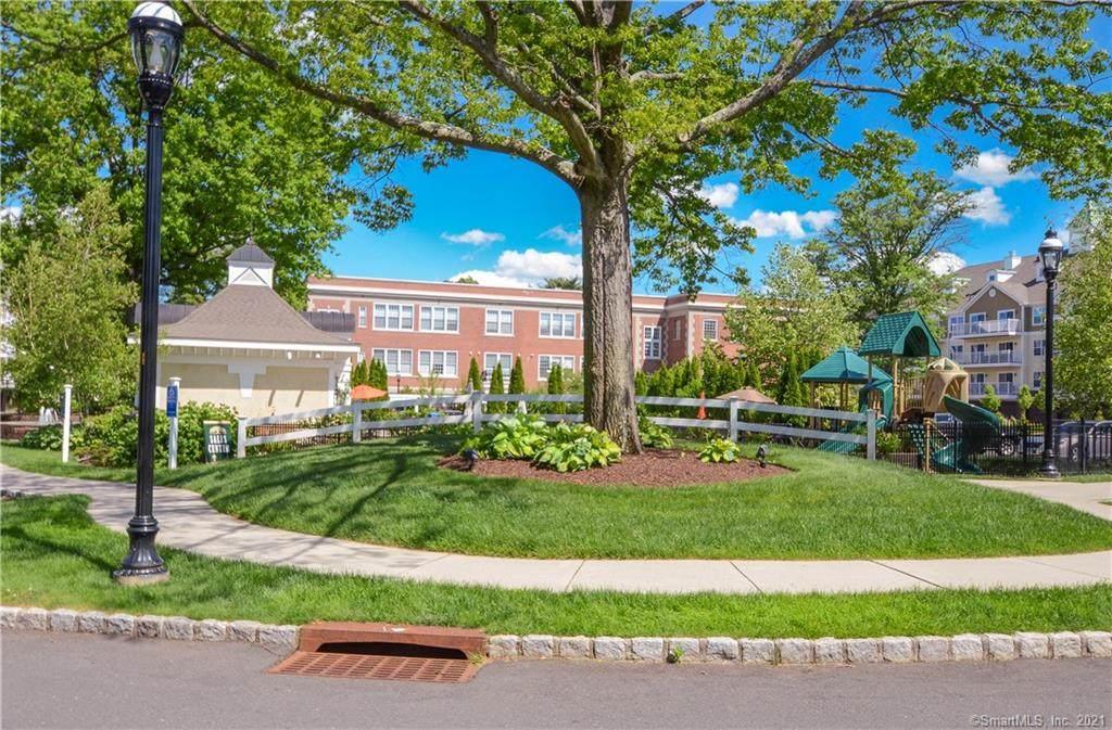26 Schoolhouse Drive - Photo 1