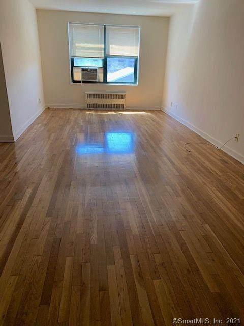 98 Hoyt Street 4B, Stamford, CT 06905 (MLS #170400122) :: GEN Next Real Estate