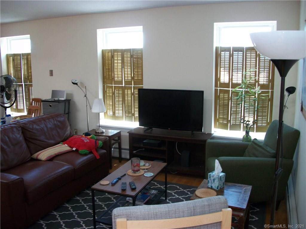 208 Wooster Street - Photo 1