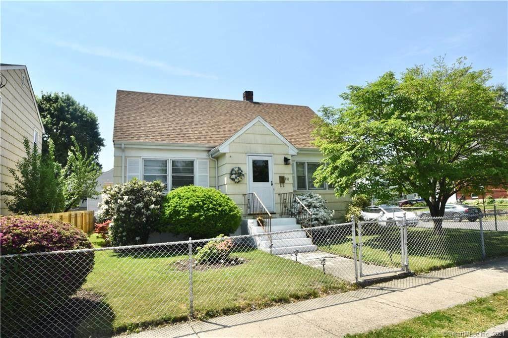 651 Westfield Avenue - Photo 1