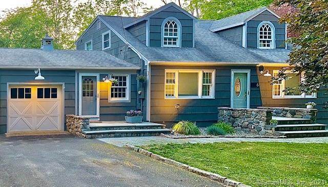 6 Aspen Mill Road, Ridgefield, CT 06877 (MLS #170405035) :: The Higgins Group - The CT Home Finder