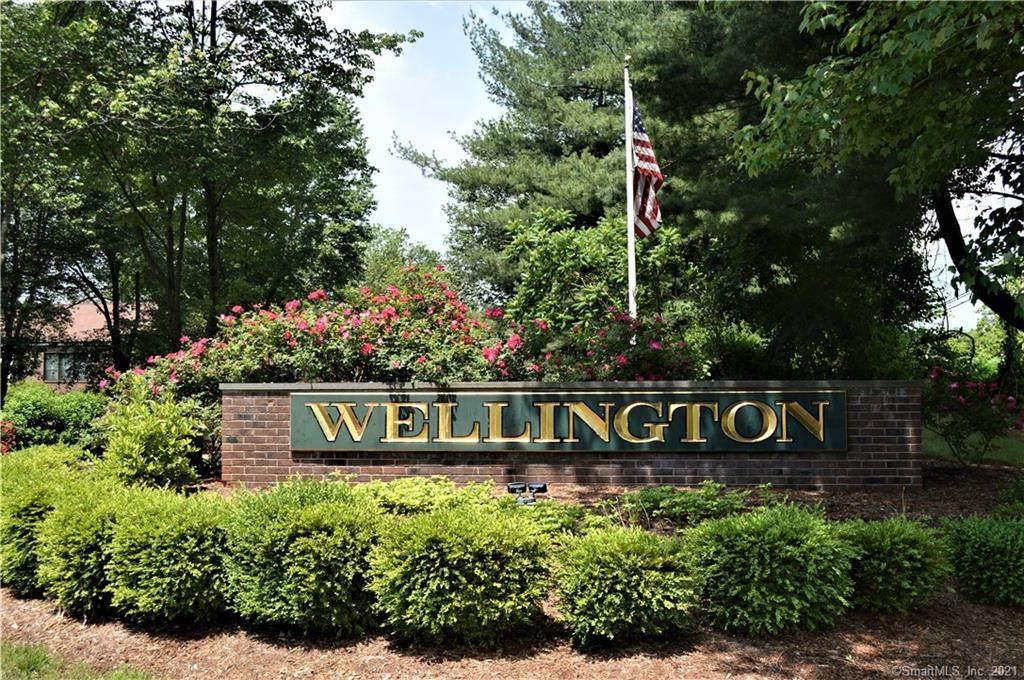 74 Wellington Drive - Photo 1