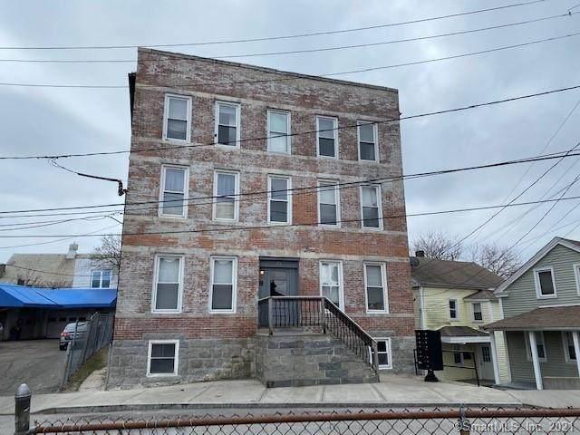 40 Pearl Street - Photo 1