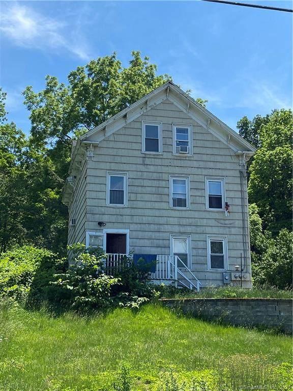 411 School Street, Putnam, CT 06260 (MLS #170409595) :: GEN Next Real Estate