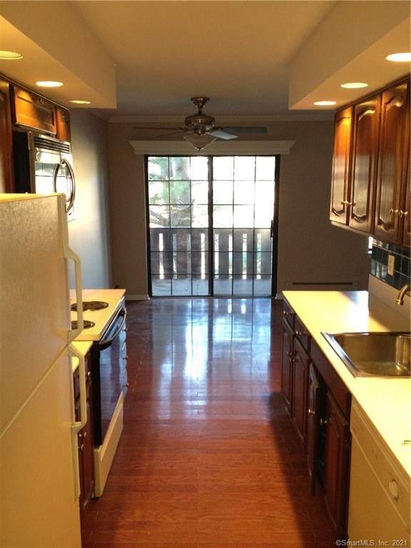 50 Aiken Street #281, Norwalk, CT 06851 (MLS #170409693) :: Spectrum Real Estate Consultants