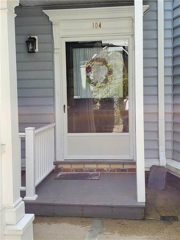41 Millville Avenue #104, Naugatuck, CT 06770 (MLS #170409933) :: Spectrum Real Estate Consultants