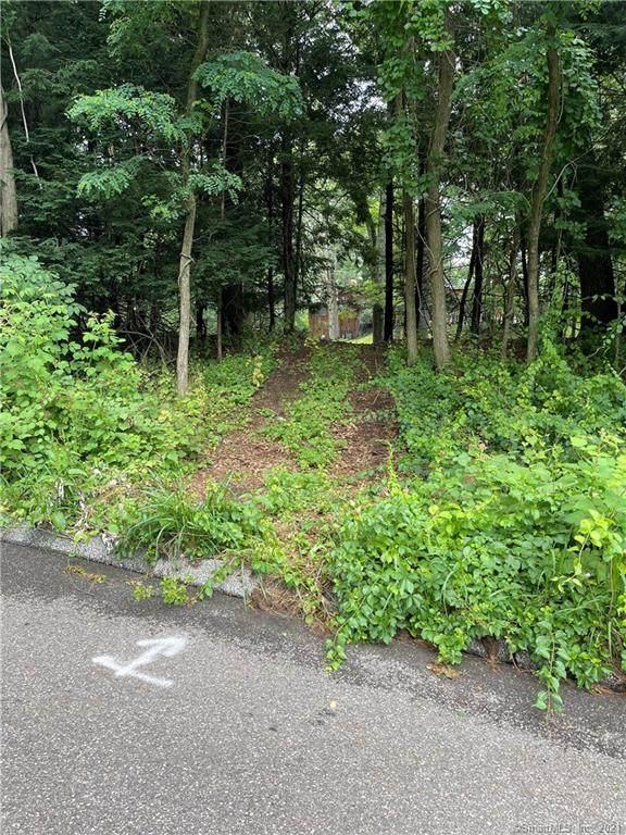1 Aspen Lane, Stamford, CT 06904 (MLS #170411821) :: GEN Next Real Estate
