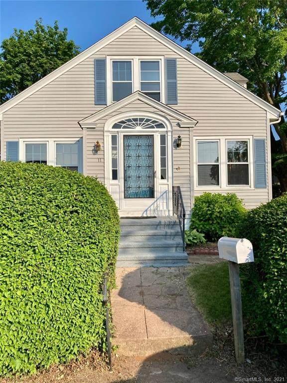 11 Terhune Avenue, Branford, CT 06405 (MLS #170412097) :: Linda Edelwich Company Agents on Main