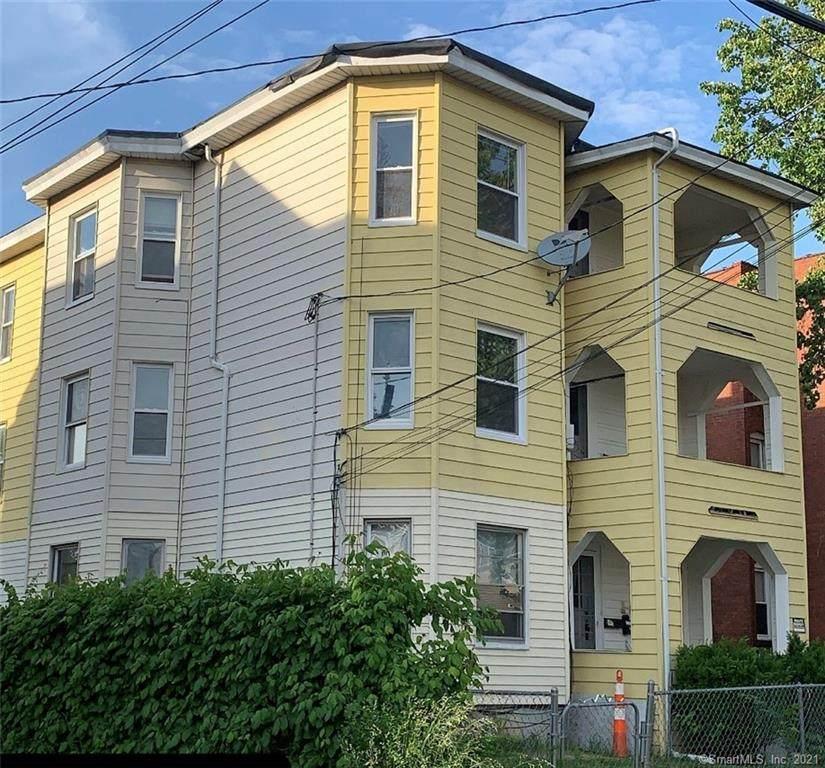 72 Roosevelt Street - Photo 1