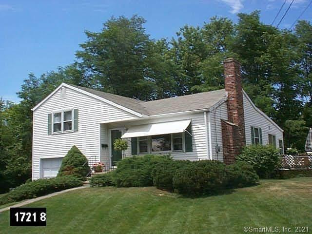 8 Elm Drive, West Hartford, CT 06110 (MLS #170413354) :: Sunset Creek Realty