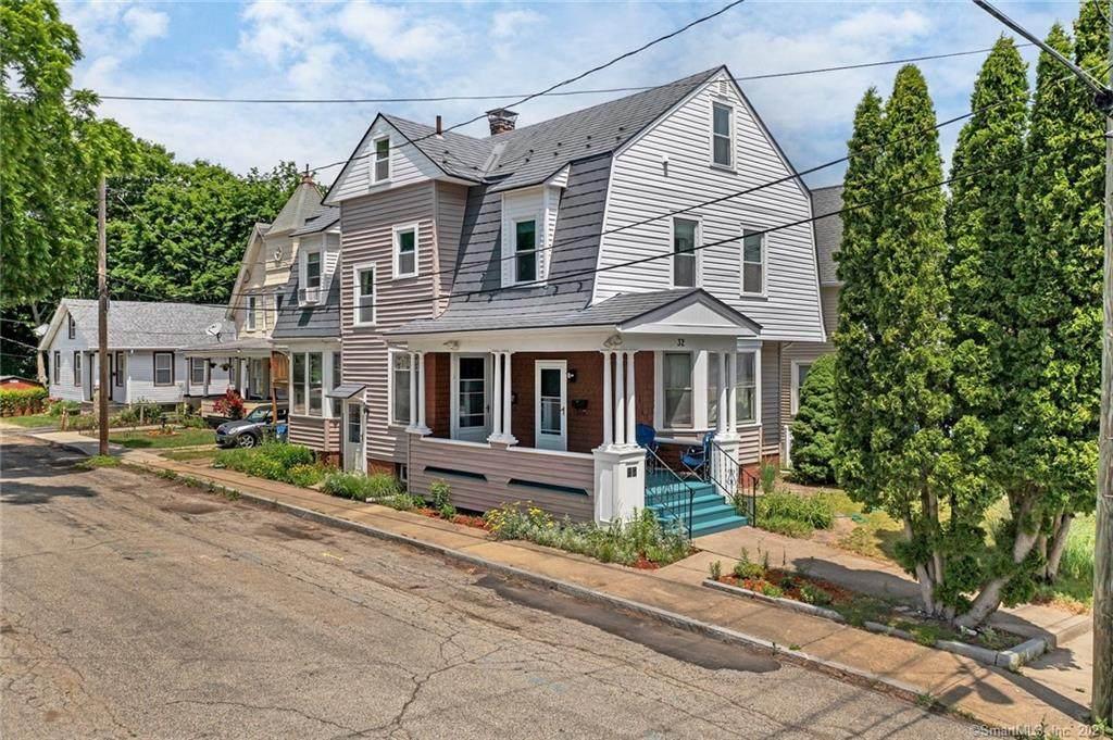 32 Perkins Avenue - Photo 1
